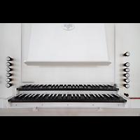 Hamburg, St. Michaelis, ''Michel'' (Krypta-Orgel), Spieltisch der Carl-Philipp-Emanual-Orgel