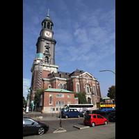 Hamburg, St. Michaelis, ''Michel'' (Krypta-Orgel), Außenansicht von der Englischen Planke in Richtung Norden