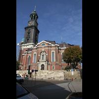 Hamburg, St. Michaelis, ''Michel'' (Krypta-Orgel), Außenansicht vom Krayenkamp in Richtung Nordwesten