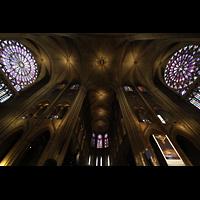Paris, Cathédrale Notre-Dame (Hauptorgel), Querhaus mit großen Fensterrosetten
