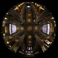 Paris, Cathédrale Notre-Dame (Hauptorgel), Gesamtansicht von der Vierung ins Gewölbe