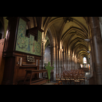 Paris, Saint-Séverin, Seitenschiff mit kleiner Orgel