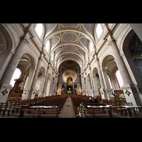 Paris, Saint-François-Xavier (Chororgel), Innenraum in Richtung Chor
