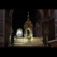 Paris, Saint-François-Xavier (Chororgel), Hochaltar und Altarraum