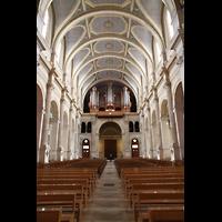 Paris, Saint-François-Xavier (Chororgel), Innenraum in Richtung Orgel