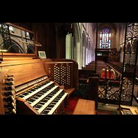 Denver (CO), St. John's Episcopal Cathedral (Main Organ), Spieltisch mit Blick ins Hauptschiff