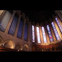 Denver (CO), St. John's Episcopal Cathedral (Main Organ), Orgel und Chorfenster