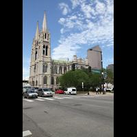 Denver (CO), Cathedral Basilica of the ImmaculateConception, Außenansicht von der Colfax Ave aus