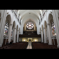 Denver (CO), Cathedral Basilica of the ImmaculateConception, Hauptschiff in Richtung Orgel