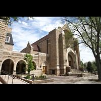 Denver (CO), Montview Boulevard Presbyterian Church, Fassade und Haupteingang