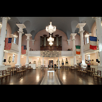 New York (NY), St. Paul's Chapel (Trinity Parish), Innenraum in Richtung Orgel