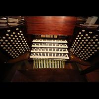 New York (NY), St. Thomas (Kleine Orgel), Spieltisch von oben