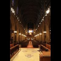 New York (NY), St. Thomas (Kleine Orgel), Hauptschiff in Richtung kleine Orgel an der Rückwand