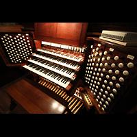 New York (NY), Episcopal Cathedral of St. John the Divine, Spieltisch von schräg oben