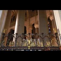 New York (NY), Episcopal Cathedral of St. John the Divine, Gitter-Detail im Chorumgang am Durchgang zu einer Kapelle