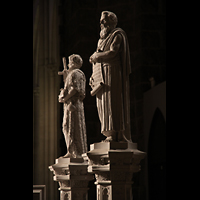 New York (NY), Episcopal Cathedral of St. John the Divine, Statuen im Chorumgang