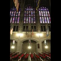 West Point (NY), Military Academy Cadet Chapel, Nave Organ und Seitenschiff-Fenster