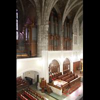 West Point (NY), Military Academy Cadet Chapel, Blick von der linken Seitenempore zur Transept- und Left Chancel-Orgel