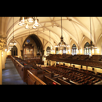 New York (NY), First Presbyterian Church - Chapel Organ, Blick von der hinteren Seitenempore in die Kirche