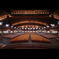 Ocean Grove (NJ), Great Auditorium, Blick vom Spieltisch der Hauptorgel zur Gallery Organ