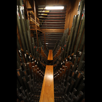 Philadelphia (PA), Irvine Auditorium (''Curtis Organ''), Pfeifenkammer der schwellbaren Great Division; oben links die Harfe
