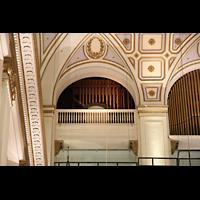 Philadelphia (PA), Macy's (''Wanamaker'') Store, Oberste Orgeletage - Chinese Gong und Deagan Tower Chimes