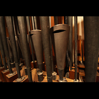 Atlantic City (NJ), Boardwalk Hall (''Convention Hall''), Great-Solo Zungen mit der Vox Baryton 16' - vermutlich eine der seltsamsten Pfeifen in der Orgel