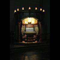 Atlantic City (NJ), Boardwalk Hall (''Convention Hall''), Spieltisch im eigenen Gehäuse