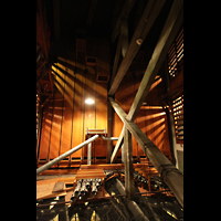 Philadelphia (PA), Girard College Chapel, Diapason 32' und Tuba Mirabilis 8' (am Ende der Orgelkammer)