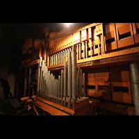 Philadelphia (PA), Girard College Chapel, Pedal: Mixture V, 16'-4' Diapason Unit, 16'-8' Bourdon
