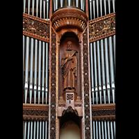 Chicago (IL), University, Rockefeller Memorial Chapel, Schnitzerei und Detail im Orgelprospekt