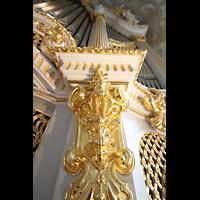 Dresden, Frauenkirche, Vergoldeter Figurenschmuck am Prospekt