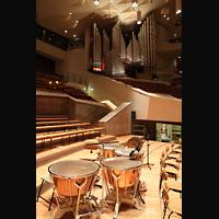 Berlin (Tiergarten), Philharmonie, Orchesterbühne mit Blick zur Orgel