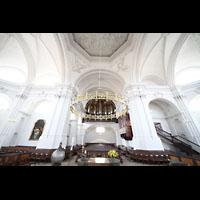 Bamberg, St. Stephan, Innenraum in Richtung Orgel