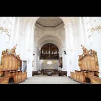 Bamberg, St. Stephan, Blick vom Chorraum mit Chorgestühl zur Orgel