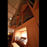 Bamberg, Konzert- und Kongresshalle, Orgel mit Spieltisch