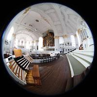 Hamburg, St. Michaelis, ''Michel'' (Krypta-Orgel), Gesamter Innenraum mit Zentralspieltisch