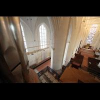 Hamburg, St. Katharinen (Chororgel), Blick von einem der 32'-Pedaltürme in den Kirchenraum
