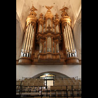 Hamburg, St. Katharinen (Chororgel), Sängerempore und große Orgel