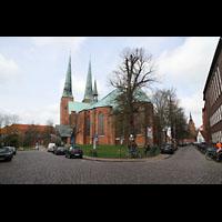 Lübeck, Dom (Hauptorgel), Außenansicht vom Domkirchhof