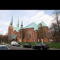 Lübeck, Dom (Hauptorgel), Chor, Ansicht vom Domkirchhof