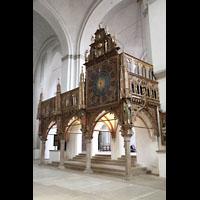 Lübeck, Dom (Hauptorgel), Lettner von Bernt Notke (1477) mit Kirchenuhr (1628)
