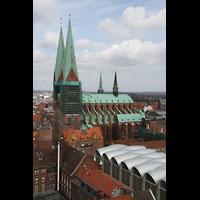 Lübeck, St. Marien (Hauptorgel), Blick vom St. Petri-Kirchturm auf St. Marien