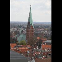 Lübeck, St. Ägidien, Blick vom St. Petri-Kirchturm nach Süden zur Ägidienkirche