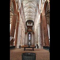 Lübeck, St. Marien (Hauptorgel), Blick vom Chor zur großen Orgel