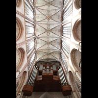 Lübeck, St. Marien (Hauptorgel), Hauptorgel und Blick ins Gewölbe