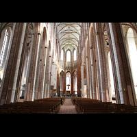 Lübeck, St. Marien (Hauptorgel), Innenraum in Richtung Chor