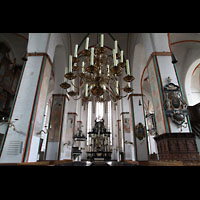 Lübeck, St. Jakobi (Kleine Orgel), Innenraum in Richtung Chor