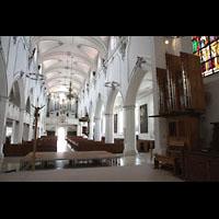 Kempten, St. Mang, Blick vom Chor zur Chor- und Hauptorgel