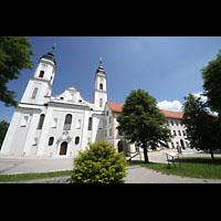 Irsee, Ehem. Abteikirche, Abteikirche und Kirchhof